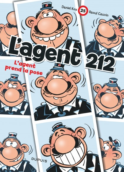Agent 212 - L'agent prend la pose