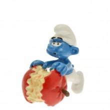 Smurf eating an apple - Origin