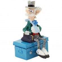 Pixi Figurine Champignac sitting on his trunk