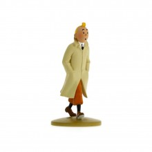 Tintin wearing his trench coat