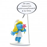 Figurine Smurfette, a little, a lot? (french)