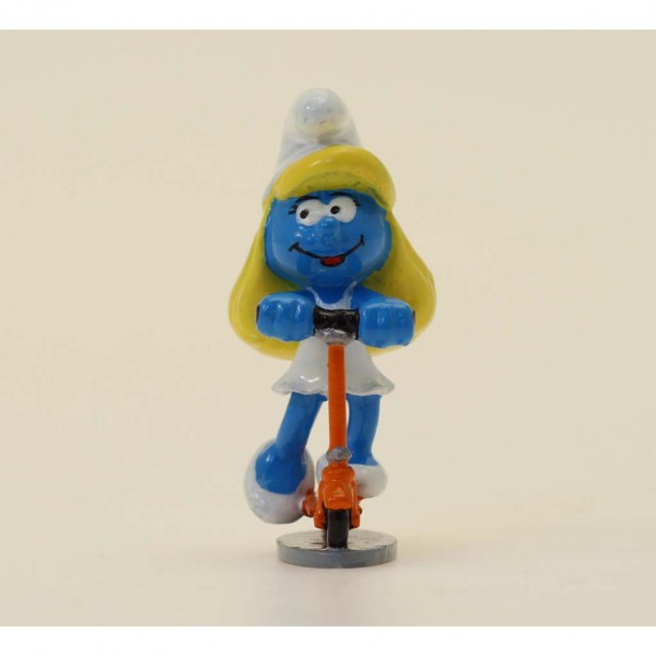 Pixi Figurine The Smurfette with the kick scooter , Driver's manual