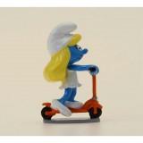 Figurine Pixi La Schtroumpfette à la trottinette, Code de la route