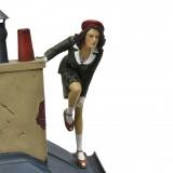 Figurine Jeanne on the roofs of Paris