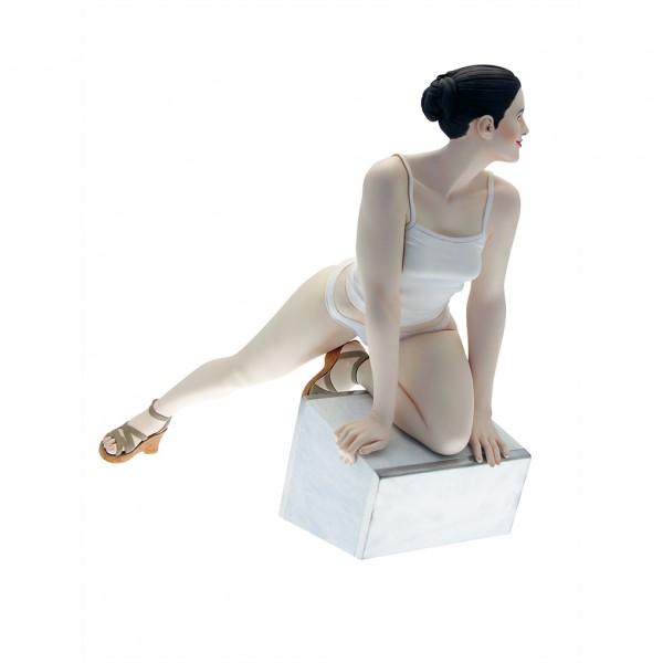 Sculpture Octavie d'Hubert de Lartigue by Attakus