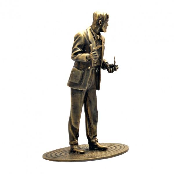 Mortimer fumant sa pipe - Pixi Bronze - Blake et Mortimer