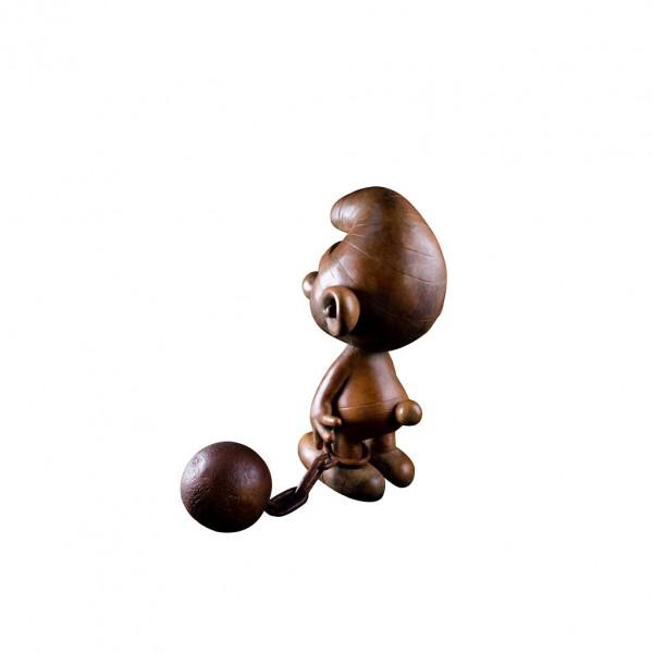 Schtroumpf prisonnier - Sculpture en bronze